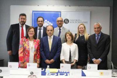 foto i conferencia diplomacia magistral en las relaciones internacionales 30.6.2016