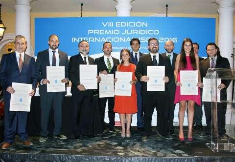ganadores del premio juridico 8a edicion 1