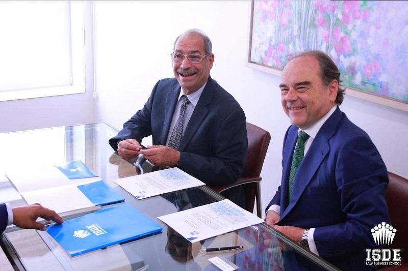 Firma del acuerdo entre ISDE y Bergés Dreyfous & Asociados